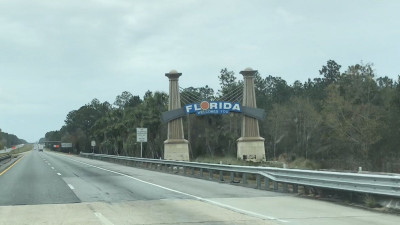 02b - FL Welcome Sign - Day Photo.jpg