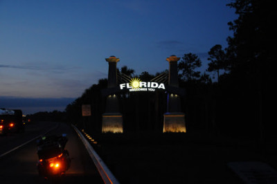 02c - FL Welcome Sign - Night Photo.jpg